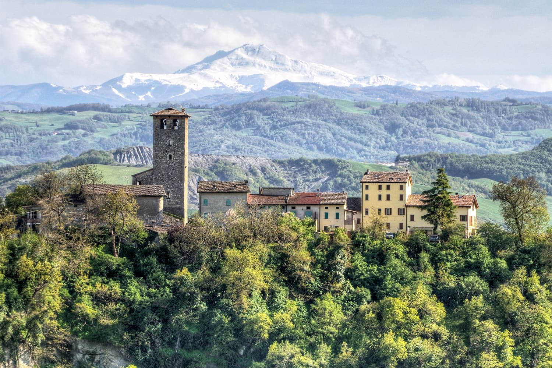 Montebabbio,_Castellarano_(Provincia_di_Reggio_nell'Emilia)_bis copia